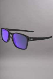 Oakley-Latch Squared Matte Black-SS16