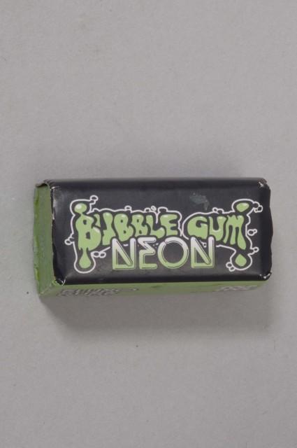 Bubble gum--21c Cool/cold-INTP
