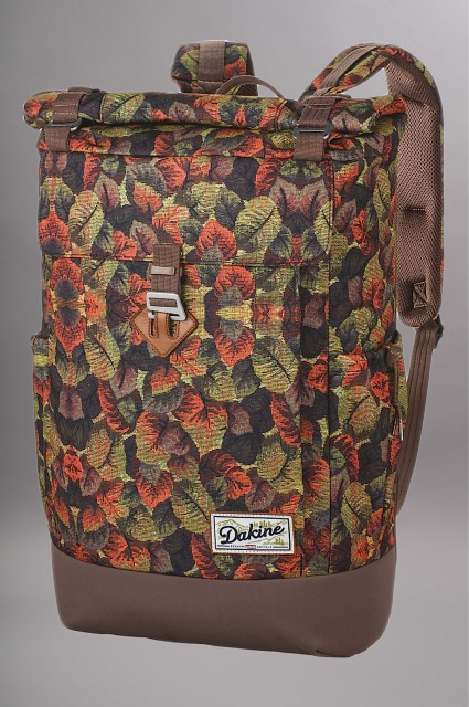 sac dos dakine sojourn 30l magnolia. Black Bedroom Furniture Sets. Home Design Ideas